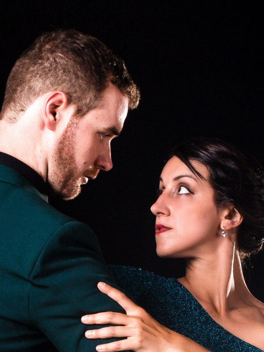 Cours et pratique, tango argentin, mensuelle de la Ideal Versaillaise